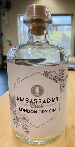 Ambassador Club London Dry Gin - 45,0% Vol. - 0,5 ltr.